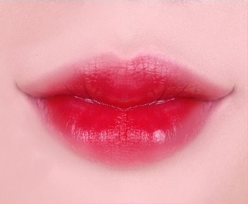 SKIN79-Animal-Two-Tone-Lip-Balm-Cherry-Monkey-Textur